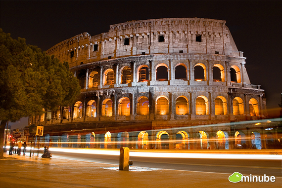 Walking through Rome is like exploring the world's largest open-air museum. Simply put, no city on Earth combines fine art, cuisine, tons and tons of ancient history quite like the Eternal City. (Photo by Tbtb)
