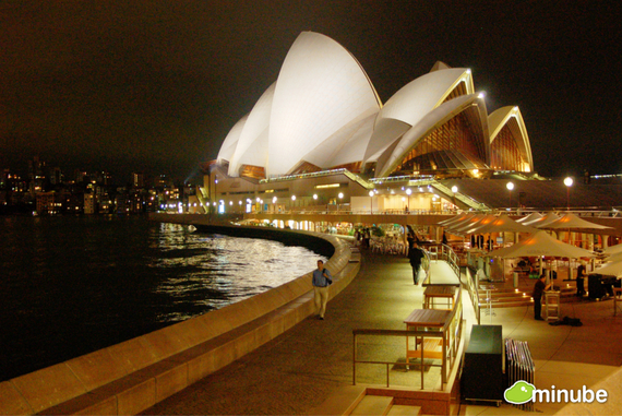 From its iconic Opera House to its famous beaches, Sydney knows how to perfectly combine the natural and the urban and leaves no doubt about its place among the greatest cities on Earth. (Photo by Naxos)