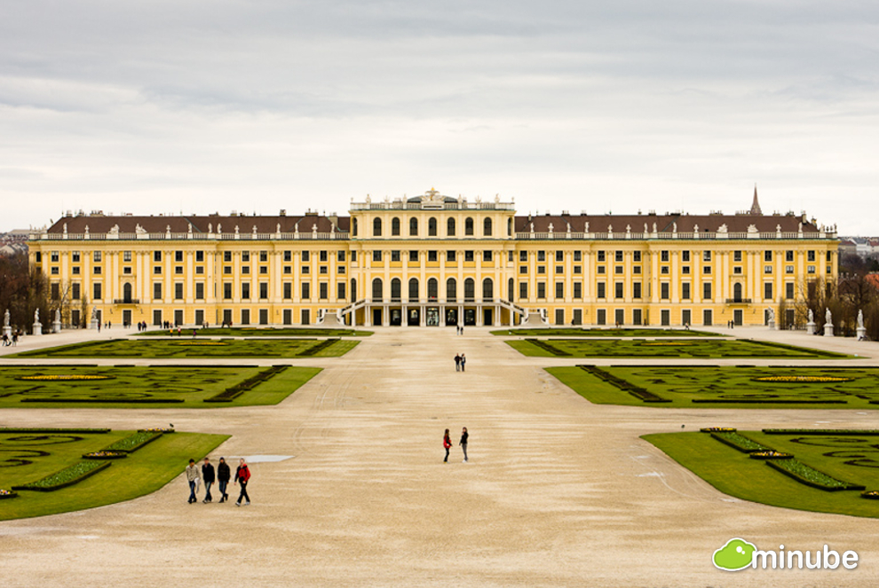 Vienna is a majestic Imperial city full of beautiful palaces, manicured gardens, and elegant cafes. The fact that it's consistently voted as one of the world's most livable cities is just the icing on the cake. (Photo by Machbel)